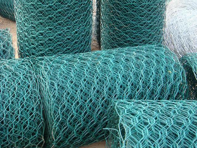 吐鲁番覆塑石笼网
